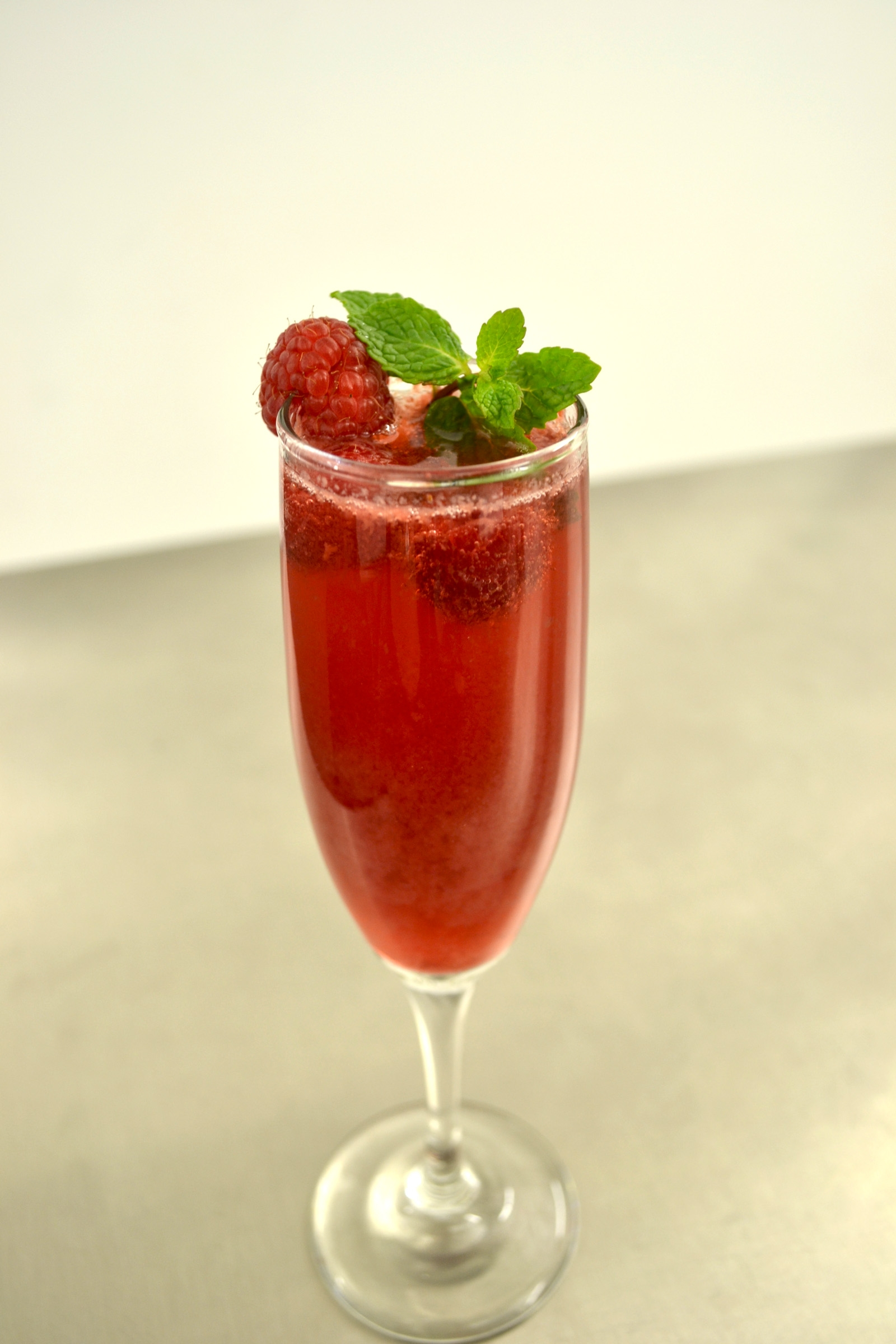 Raspberry Mint Rosé Bellini - Food & Wine Chickie Insider